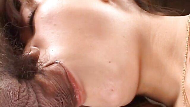Fille échangée se fait film porno une fille vierge ramoner